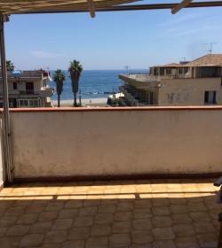 Mansarda Con Terrazza A 50m Da Spiaggia